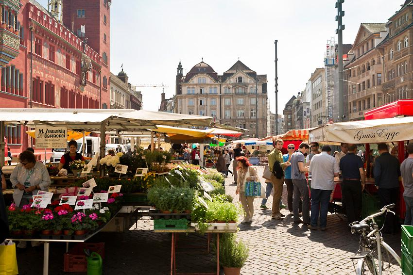 The city market on Marktplatz is nestled in the middle of an exclusive business area. 