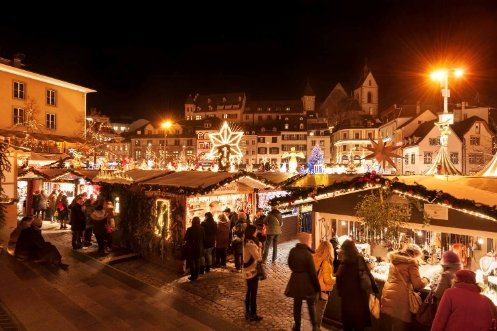 Market stalls at the Basel Christmas market on Barfüsserplatz.